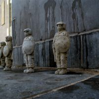 We need more police in the streets. Brussels. Belgium. 2011, de  Isaac Cordal
